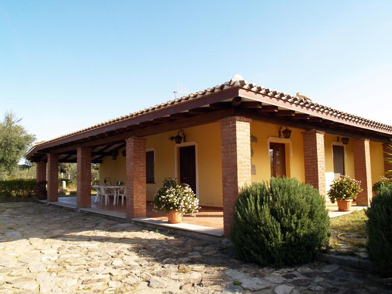Villetta pagadellana villa affitto bari sardo ogliastra for Progetti di villette in campagna